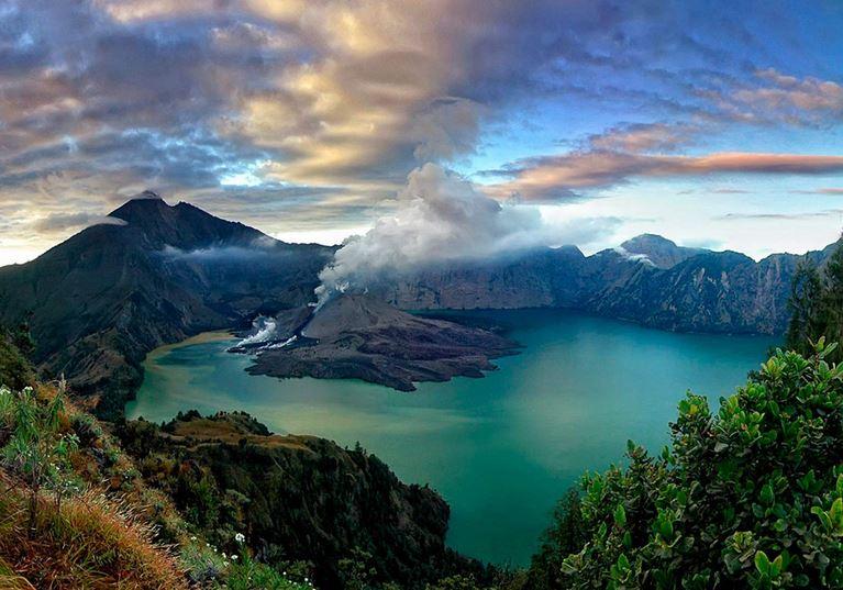 tempat wisata di indonesia yang terkenal 2